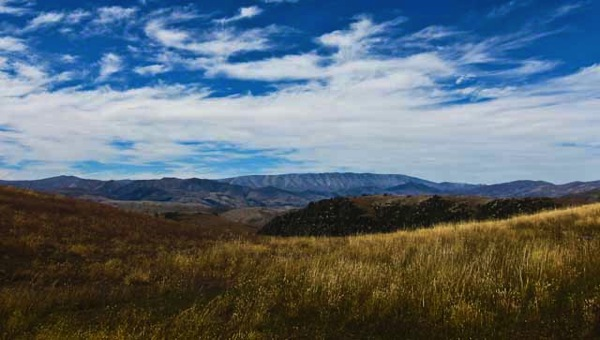 St Bathans Range and the Lindis Valley